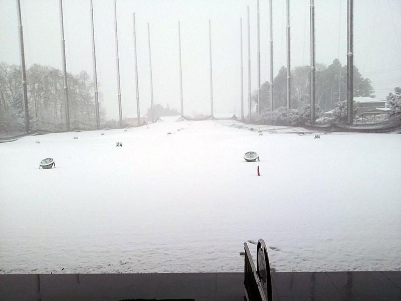 エースゴルフスタジアム 雪